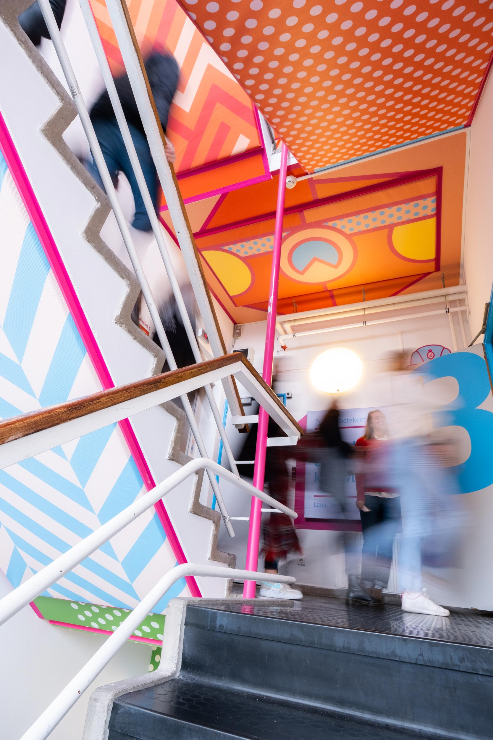 Kleurrijk, trappenhuis, wayfinding, patroon, Studio Duel, Prodemos